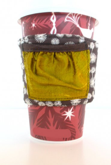 coffee cozi : mossy green, brown eyelette w pocket : reversible - Click Image to Close